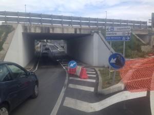 Segnaletica su Ponte Liberta (1)