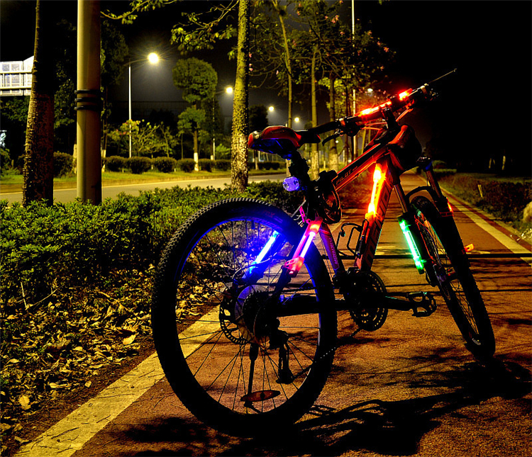 Bicicletta-luci-di-notte
